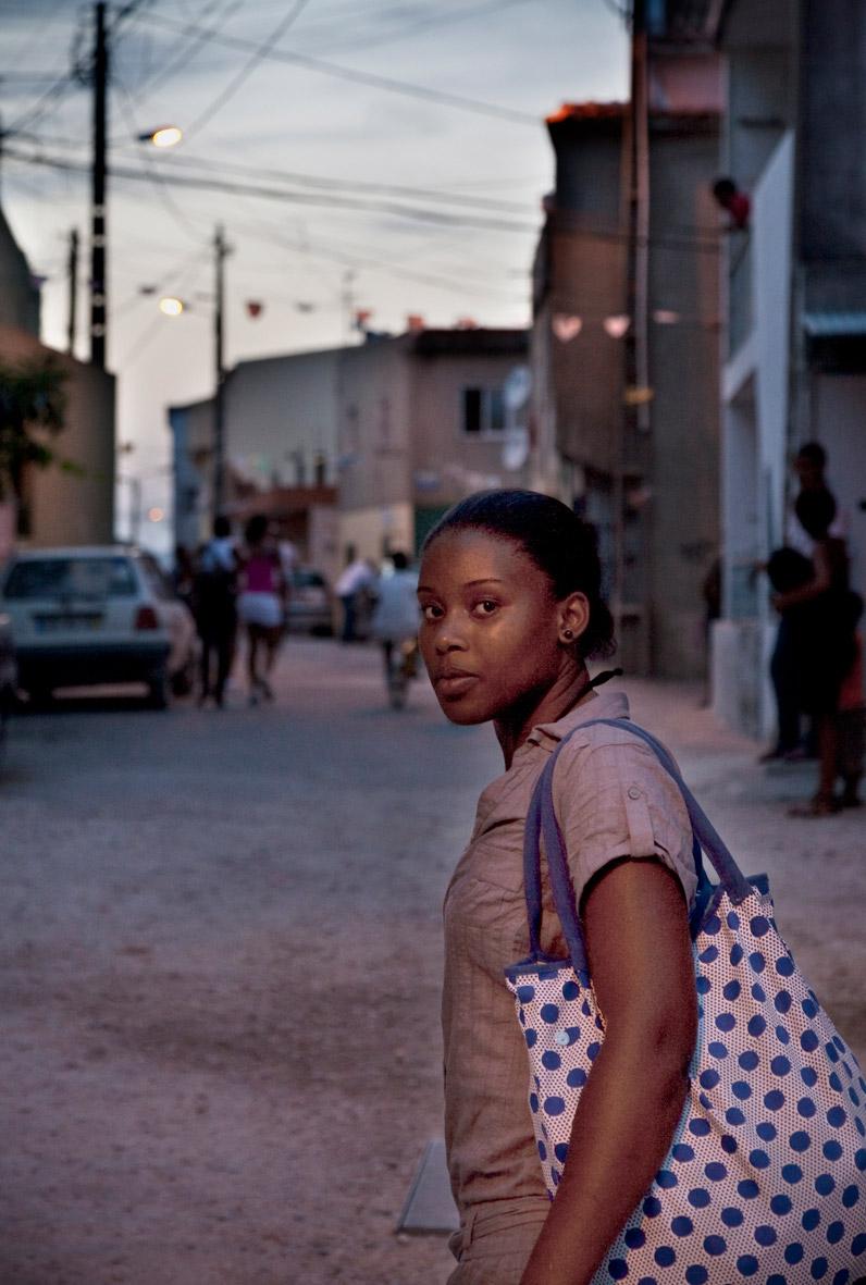 Portugal, Amadora, Alto Cova da Moura. 2010. Whassysa Magelhães.